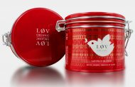 Løv Organic works with Crown Packaging on festive glögg tins